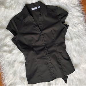 Women's black buttons down shirt size M
